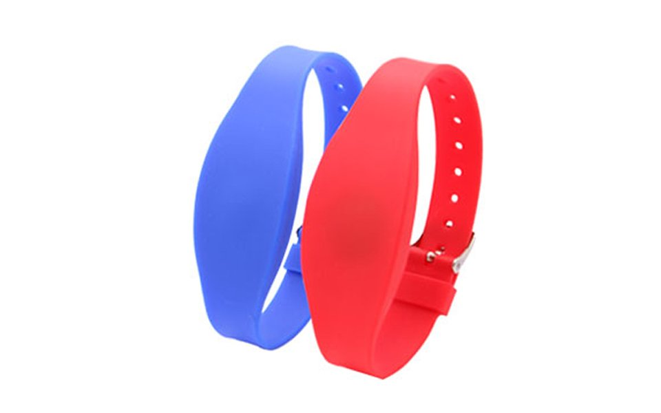 Adjustable silicone RFID wristbands
