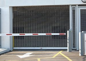 parking-garage-security-gates-with-arm-b